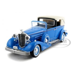 1933 Cadillac Fleetwood Towncar Blue 1/32 Diecast Car Model by Signature Models