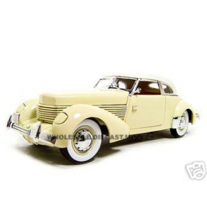 1936 Cord 810 Yellow 1/18 Diecast Model Car by Signature Models