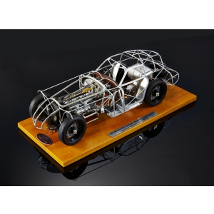1938 Alfa Romeo 8C 2900B Rolling Chassis Limited to 1000pc 1/18 Diecast Model by CMC