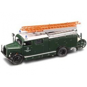 1941 Magirus Deutz S 3000 SLG Green 1/43 Diecast Car by Road Signature