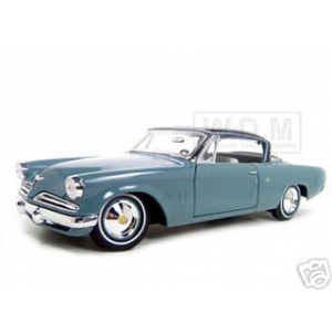 1953 Studebaker Starliner Blue 1/18 Diecast Model Car by Maisto