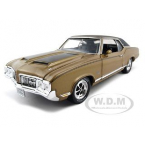 1970 Oldsmobile Cutlass SX  Elite Edition 1/18 Diecast Model Car by Autoworld