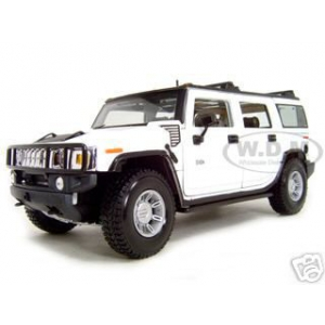 2003 Hummer H2 SUV  White 1/18 Diecast Model Car by Maisto