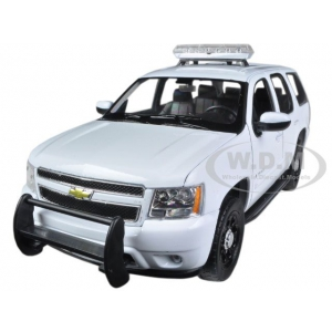 2008 Chevrolet Tahoe Police With Case Push and Light Bar 1/24 Diecast Car Model by Welly