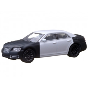 "2013 Chrysler 300 ""Spy Shot"" Hobby Exclusive in Blister Pack 1/64 Diecast Car Model by Greenlight"