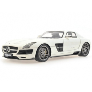 2013 Mercedes 700 Biturbo Brabus Coupe Pearl White 1/18 Diecast Model Car by Minichamps