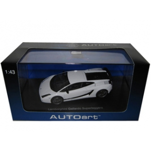 Lamborghini Gallardo Superleggera Metallic White 1/43 Diecast Model Car by Autoart