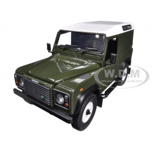 Land Rover Defender 90 Hard Top Green 1/18 Diecast Car Model by Universal Hobbies