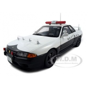Nissan Skyline GTR R32 Kanagawa-Kenkei Japanese Police Car 1 of 6000 Produced 1/18 Diecast Model Car by Autoart