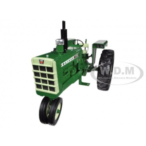 Oliver 1750 Gas Narrow Front Tractor 1/16 Diecast Model by Speccast